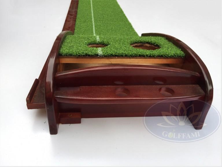 Bộ tập Putting Golf gỗ đẹp tại Golffami