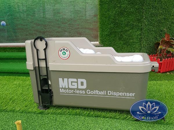 Máy đặt bóng golf MGD