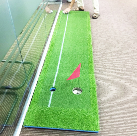 Putting golf green cao su - GolffamiPutting green golf cao su - Golffami