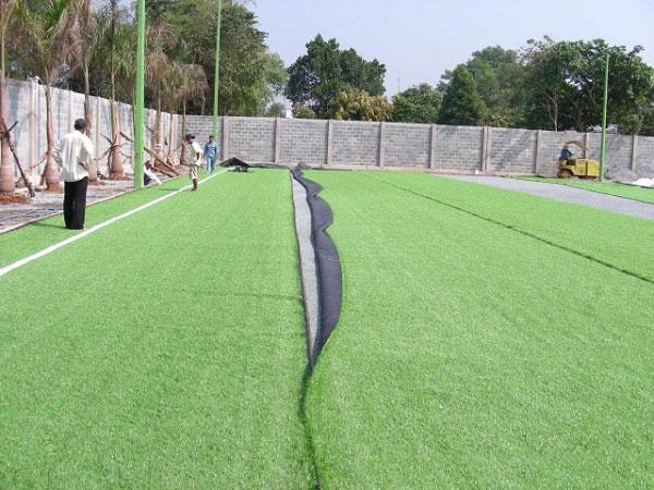 Thiết kế thi công sân cỏ nhân tạo - Rạch đường biên