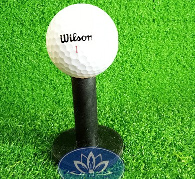 Tee golf cao su ngắn