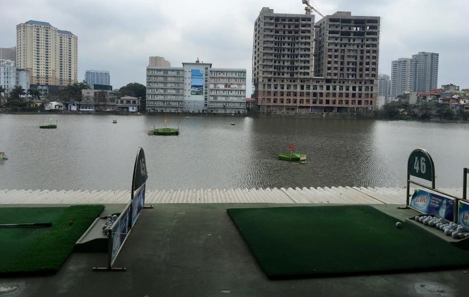 Sân golf Lê Văn Lương
