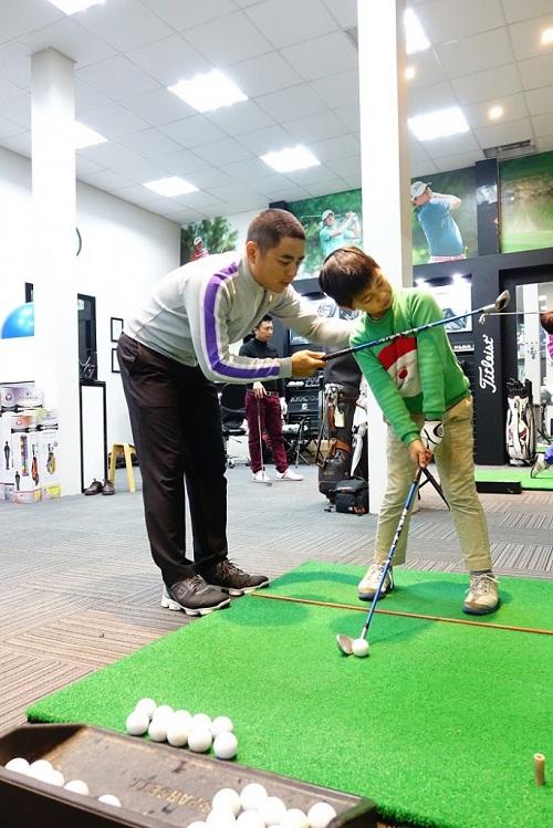 Nên luyện tập xen kẽ giữa những buổi tập golf