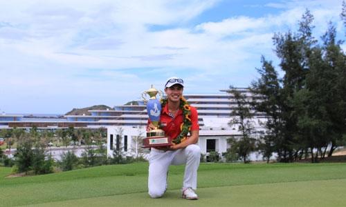 Gregory Foo xuất sắc giành cúp vô địch VAO 2017