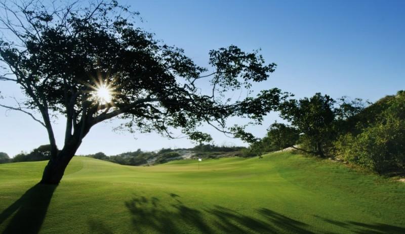 Một góc lung linh của sân golf The Bluffs