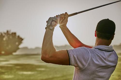 các golfer nên dùng đồng hồ chuyên dụng