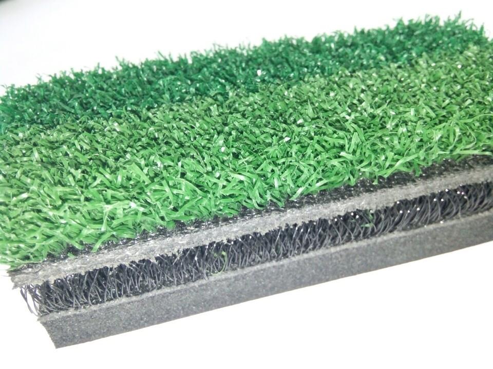 Thảm có 2 line cỏ với 2 màu khác nhau