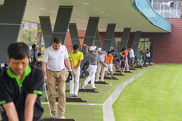 Địa chỉ sân tập golf ở Hà Nội