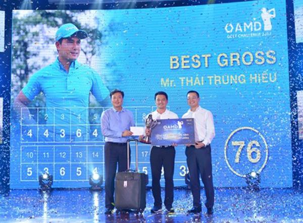 Thái Trung Hiếu nhà vô địch giải AMD Golf Challenge 2017