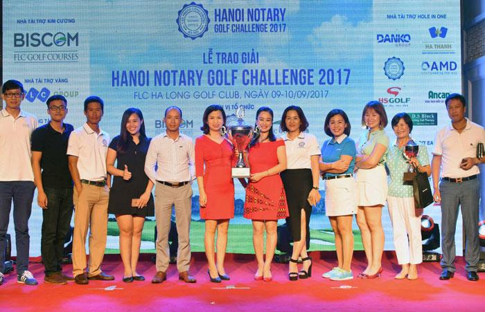 Lễ trao giải tại Hanoi Notary Golf Changllenge 2017