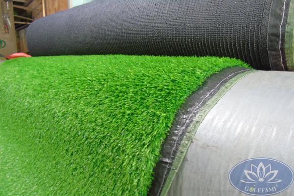 Lô cỏ cỏ nhân tạo sân vườn Gomic813