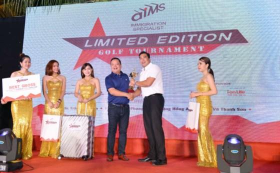Lễ trao giải tại Limited Edition Golf Tournament 2017