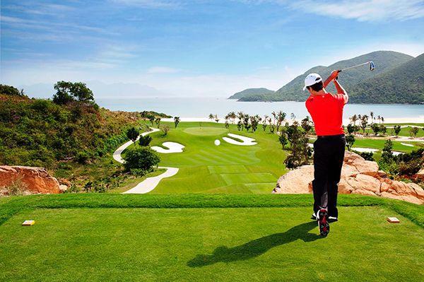 Nắm rõ luật golf cơ bản sẽ giúp bạn trở thành golfer chuyên nghiệp
