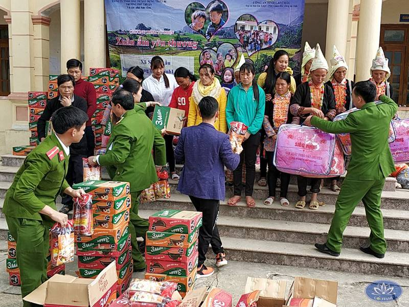 Chương trình tình nguyện xuân ấm yêu thương Lai Châu
