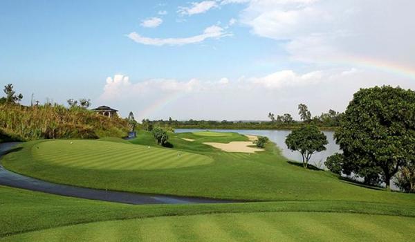 Sky Lake Resort & Golf Club