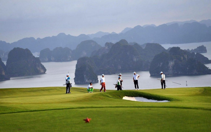 sân golf Tuần Châu